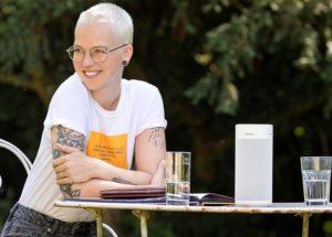 Stefanie Heinzmann macht Werbung für Revox