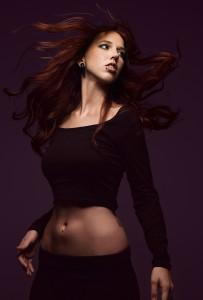 Stefanie Heinzmann kann auch sexy – hier bauchfrei
